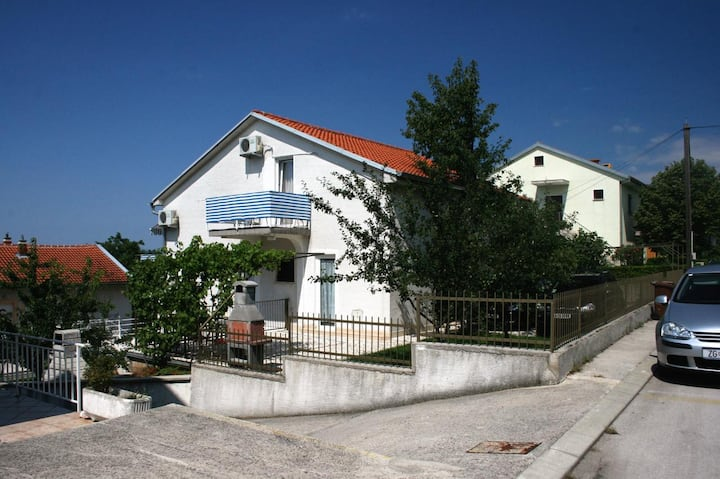 Room with terrace and sea view Selce, Crikvenica (S-2362-b)
