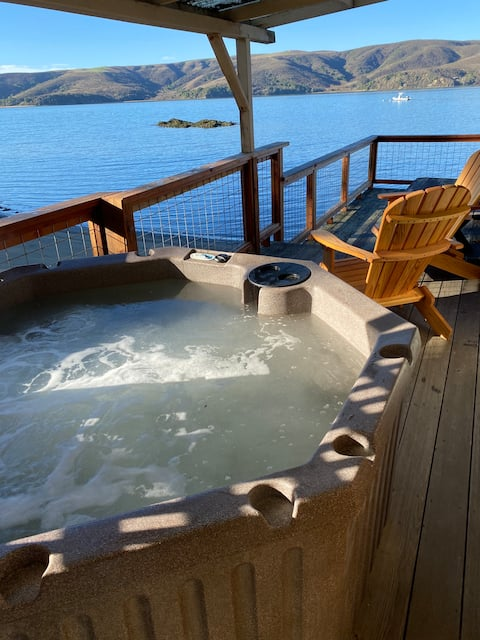 Rustic Beach Cottage with Hot Tub on Tomales Bay