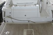 Rear Swim Deck and Cockpit Entry