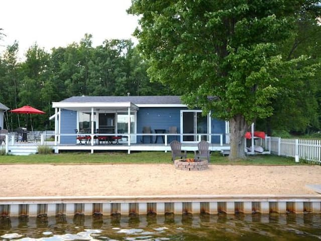 70' Private sandy beach on all sports lake