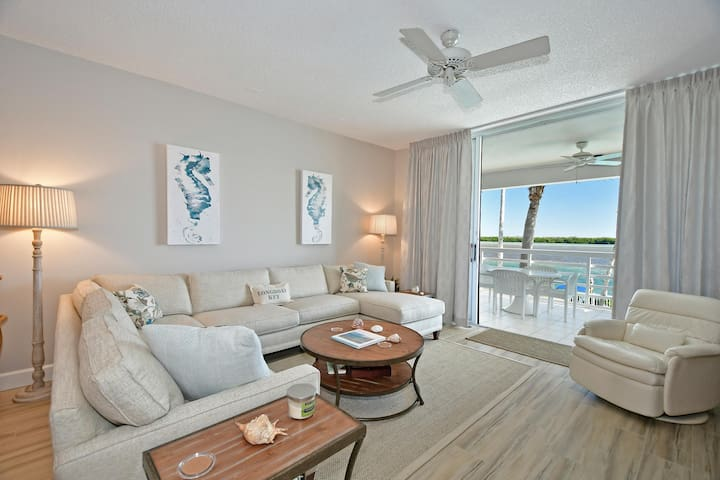 Longboat Key Condo Waterfront #206
