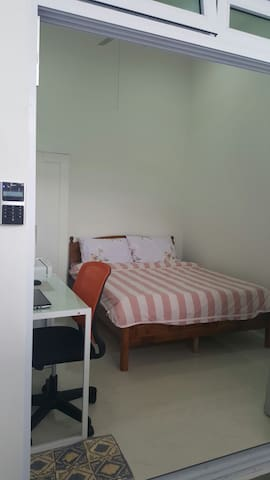 Your Central Singapore Suite ★3 mins to Bus Stop★