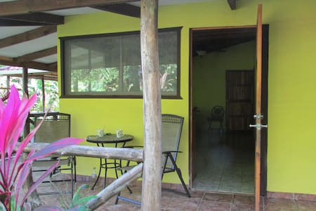 Tropical River Paradise - Quepos - Apartment