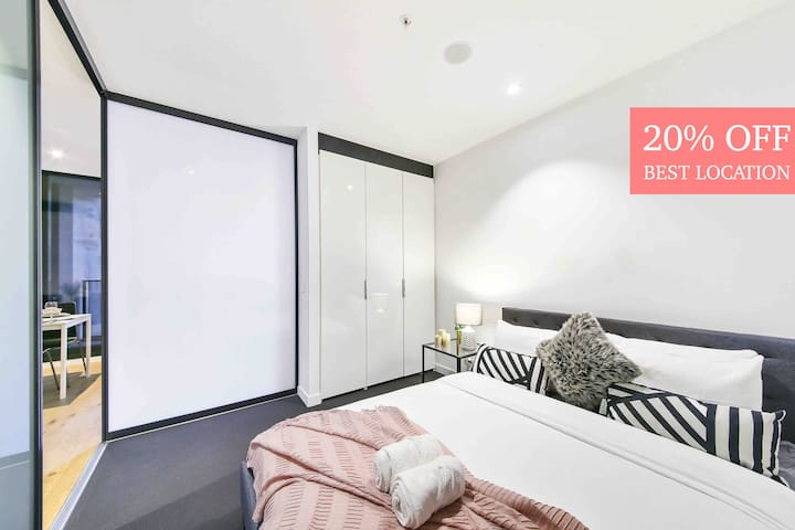 The Luxurious Apt*CBD nearby SkyBus free tram,wifi