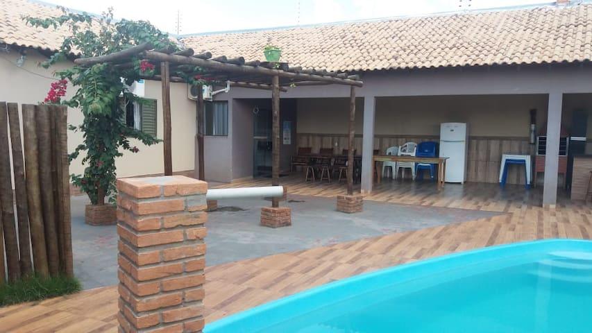 Casa com ampla area de Lazer