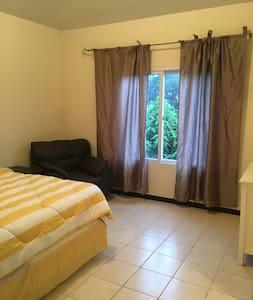 NEW - Entire House - Hacienda de las Flores - Villa Nueva