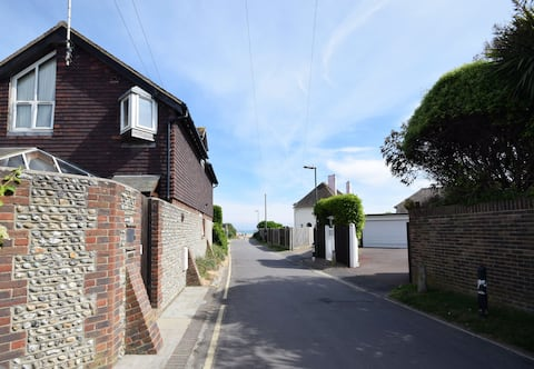 The Loft, Angmering-On-Sea