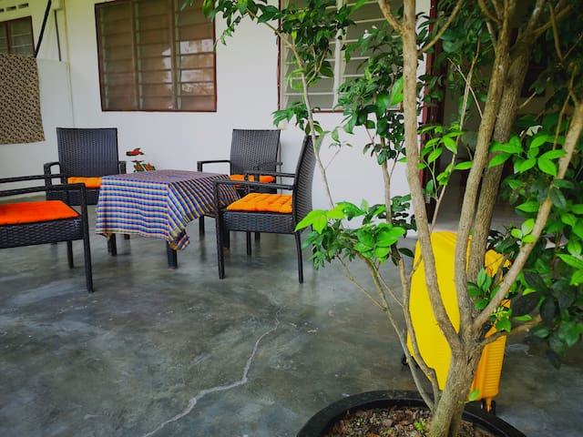 2 Bedroom House Pantai Chenang Beach
