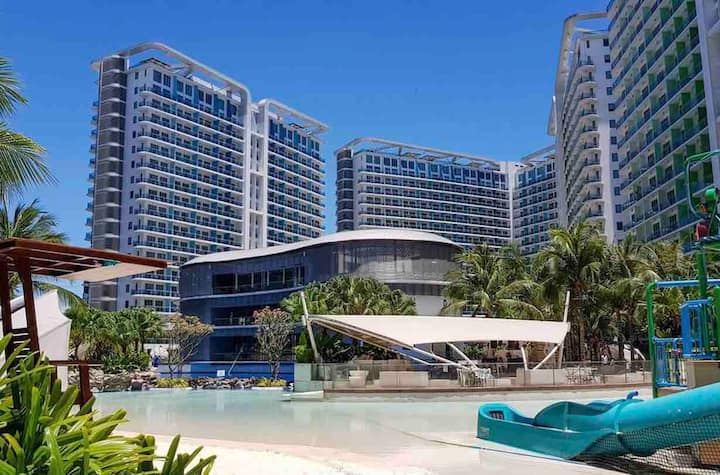 Staycation at Paris Hilton Beach Azure UrbanResort