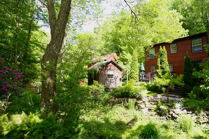 Renovated 1850s Farm House with Babbling Brook