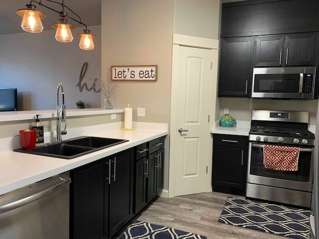 Beautiful NEW town home