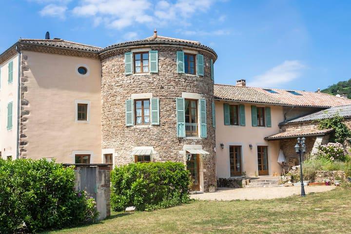 Maison d'hôte en Beaujolais pour 10 à 15 personnes