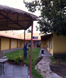 Quartos cidade Huambo-Rooms Huambo - Huambo