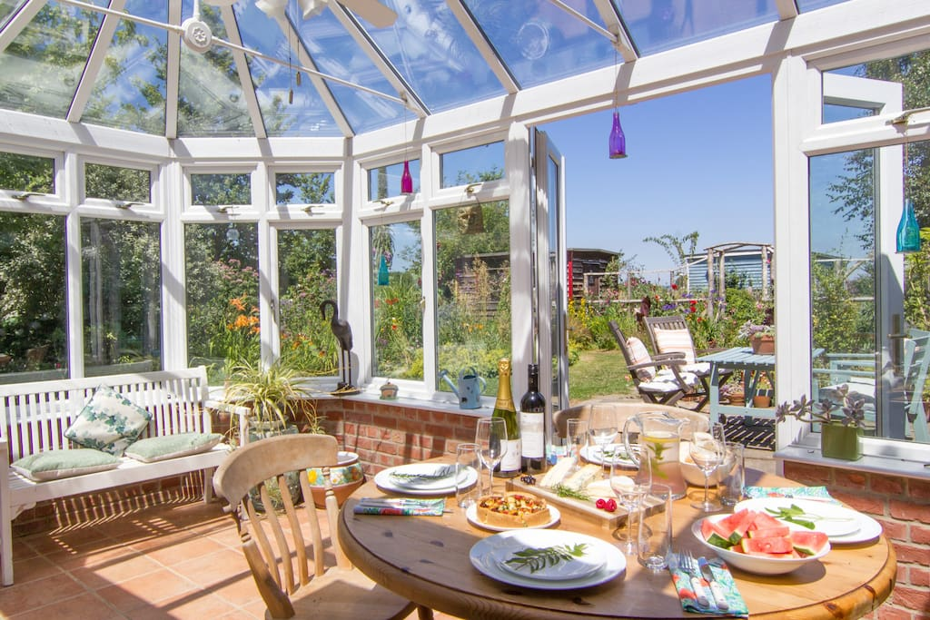 Double conservatory with dining area