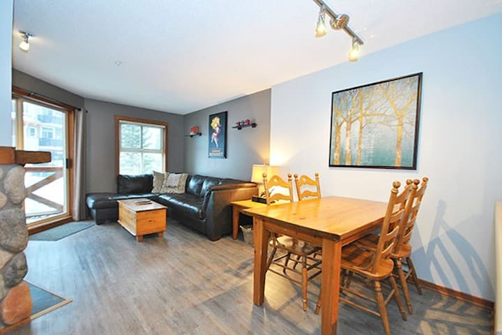 Fireside 205:  2 BD/1BT Condo in the Village