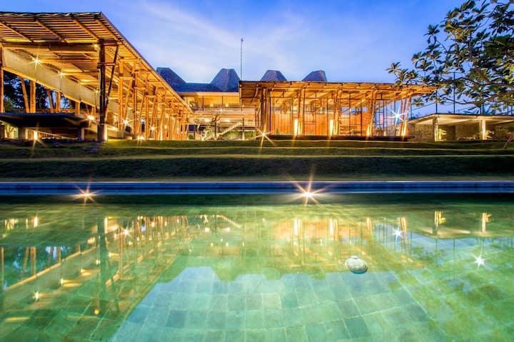 Villa Casablancka - Quiet with Riceterrace views!