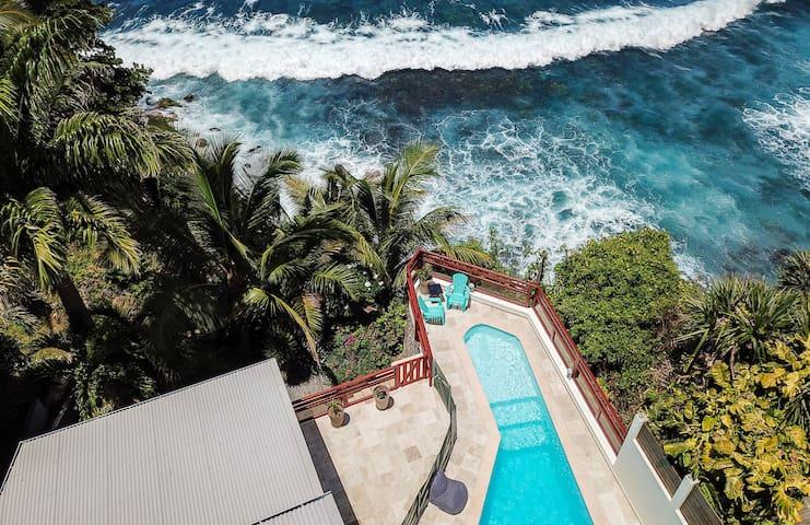 NOLITHA 2 : Villa surplombant l'ocean sur Manapany