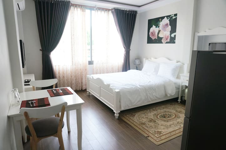 Private room in the centre of the city. - Bến Nghé - Apartment