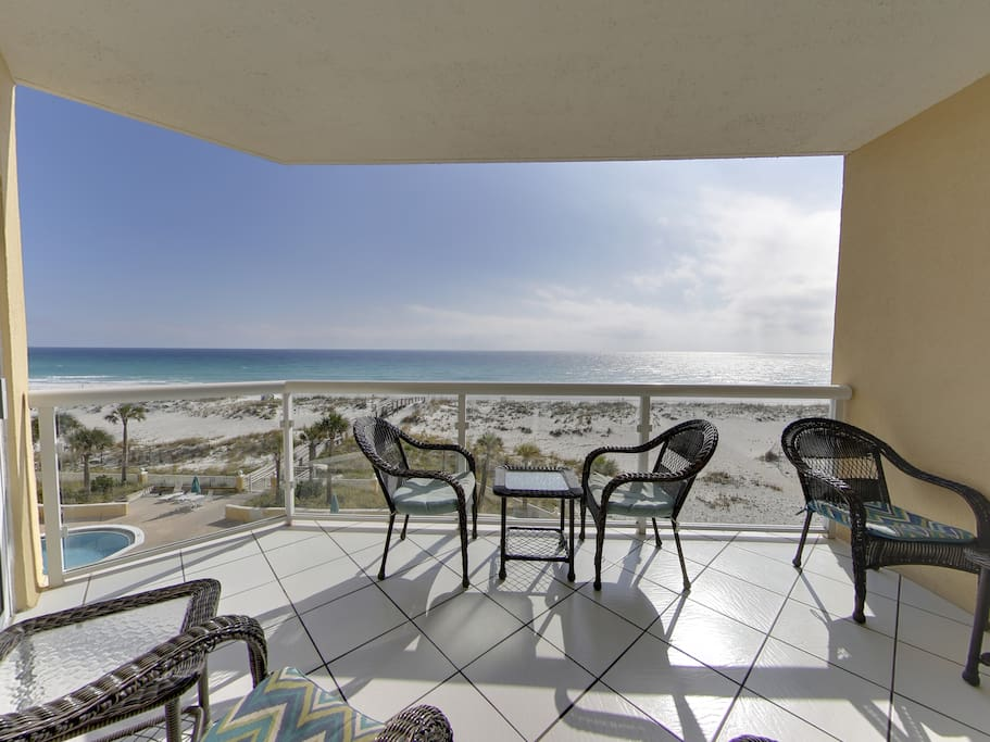 Private Balcony, watch the dolphins play and the waves on the beach Direct Gulf Views