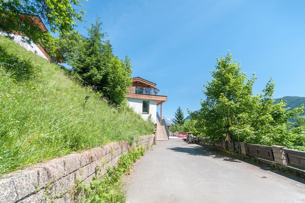 Private driveway to chalet