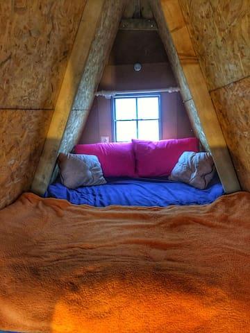 Çatı Arası Yatak Odası
