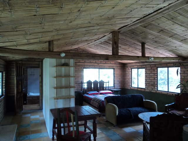 Apartamento en la naturaleza y dentro de la ciudad - Capulispamba - Appartement