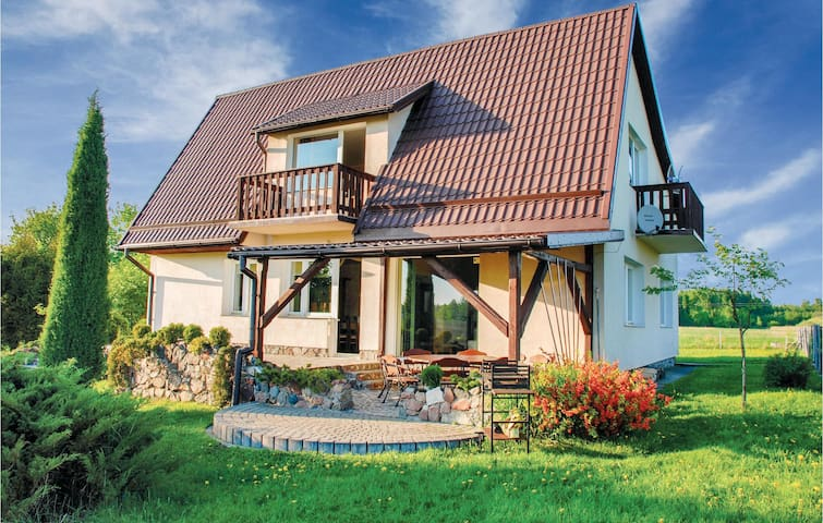 Holiday cottage with 5 bedrooms on 216m² in Lidzbark Warminski