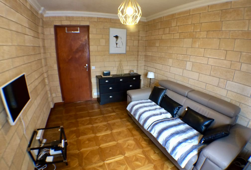 La chambre/salon