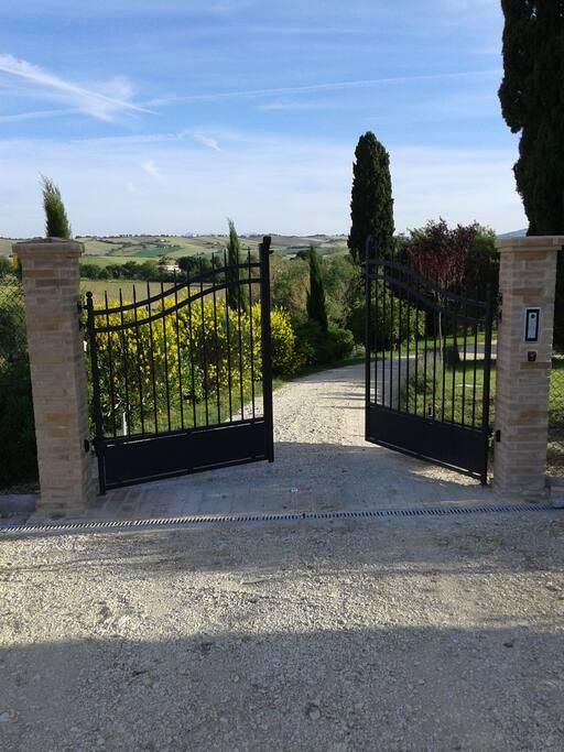 "Benvenuti a ""La Cipressa"""