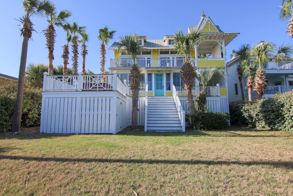 Sunny Beach Home
