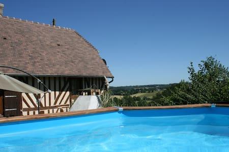 maison normande en pays d'Auge avec piscine - Saint-Gervais-des-Sablons