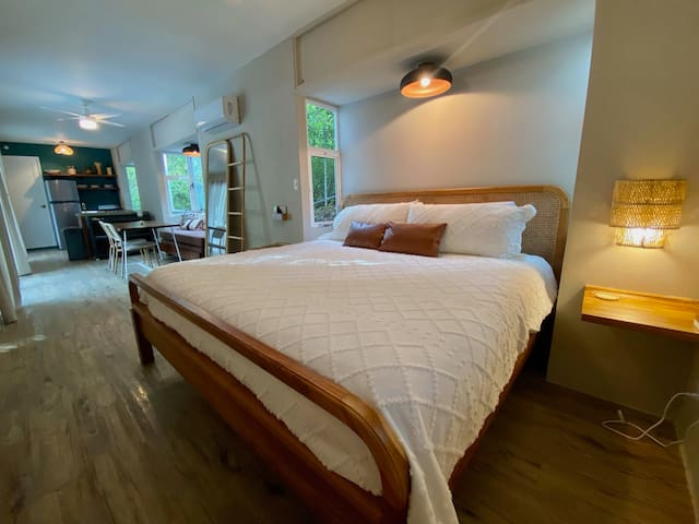 La Sirena Container Home with King-Sized Bed