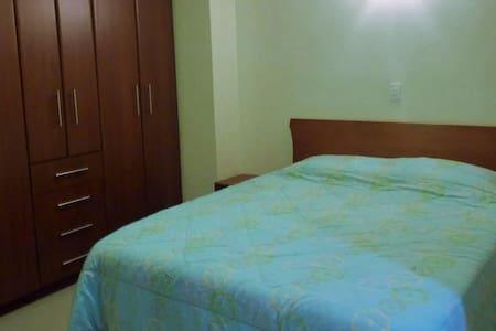 Apartamento en Lecheria - Lecheria - Huoneisto