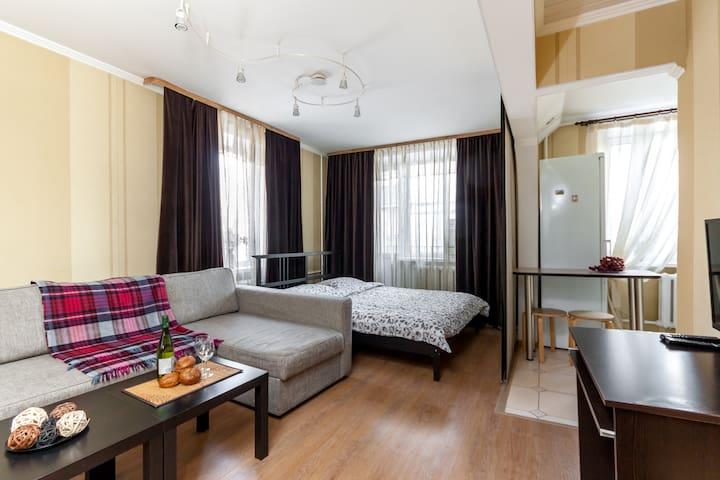 Nice flat at Aviamotornaya metro