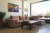 2 bedrooms apartment at TLV center