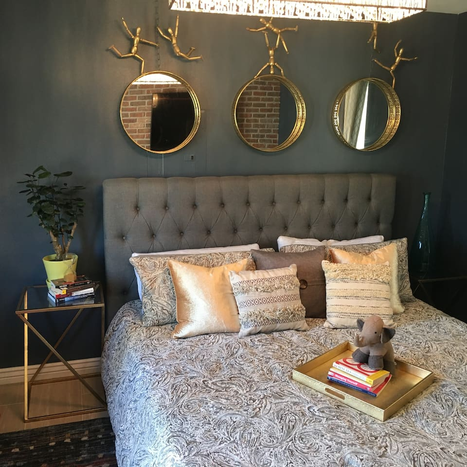 Enjoy lots of space on this KING size bed and get those beauty Z's flowin'!