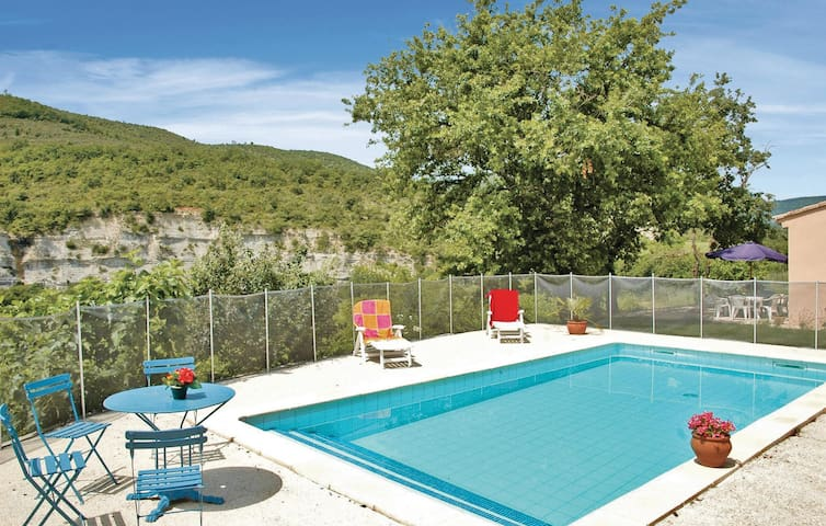 Holiday cottage with 3 bedrooms on 80m² in Saint Thome