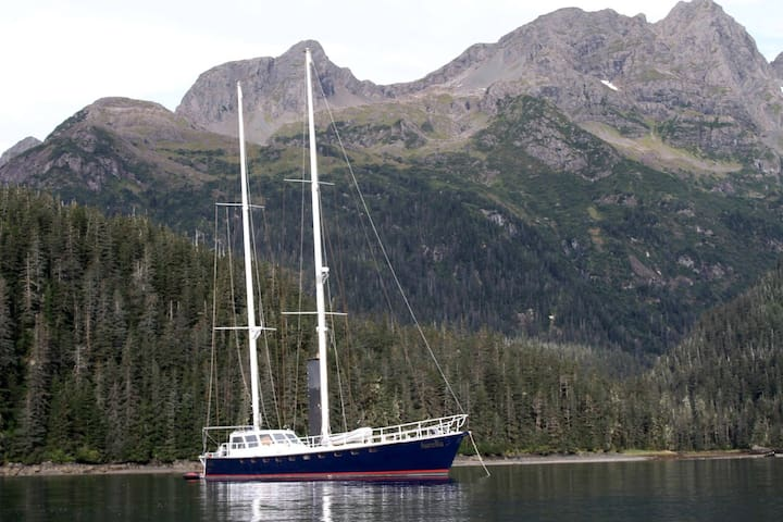 Aurelia, an eighty foot sailboat