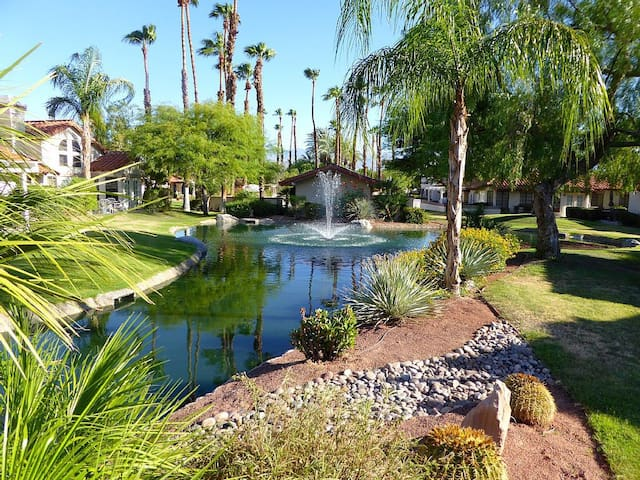 Cozy 2BD Quiet Home Escape - Palm Desert - House