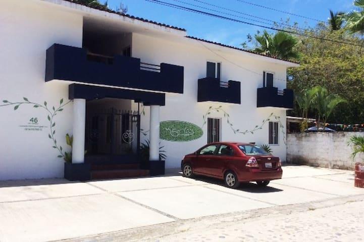 Casas Maria front view