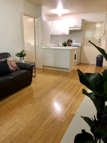 Beachside Apartment - Affordable and Comfortable
