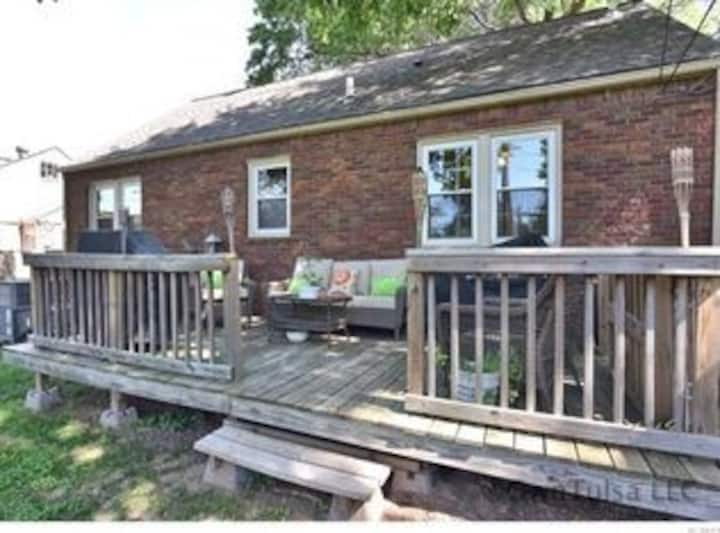 Great Location - Guest House - Private Entry