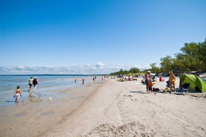 ☀️BALM's Beach House @Grand Beach Provincial Park 🏖