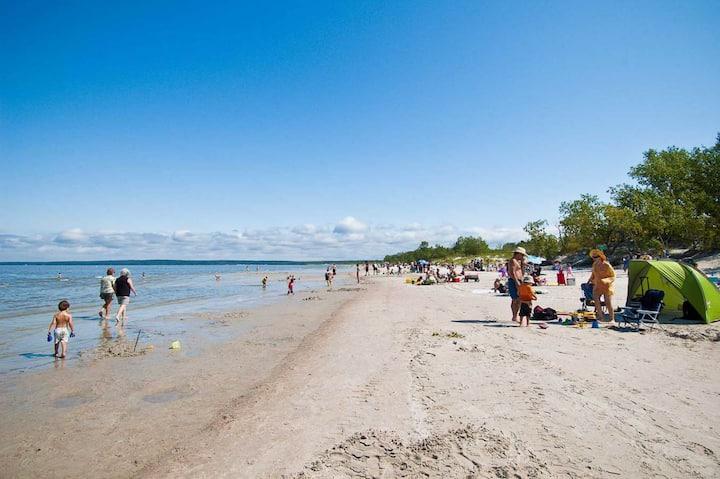 ☀️BALM's Beach House @Grand Beach Provincial Park 🏖
