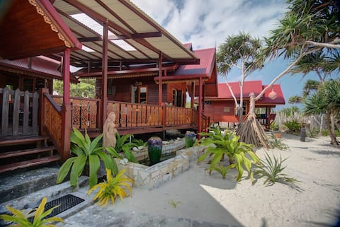 """""""Sea La Vie"""" Beach House"""