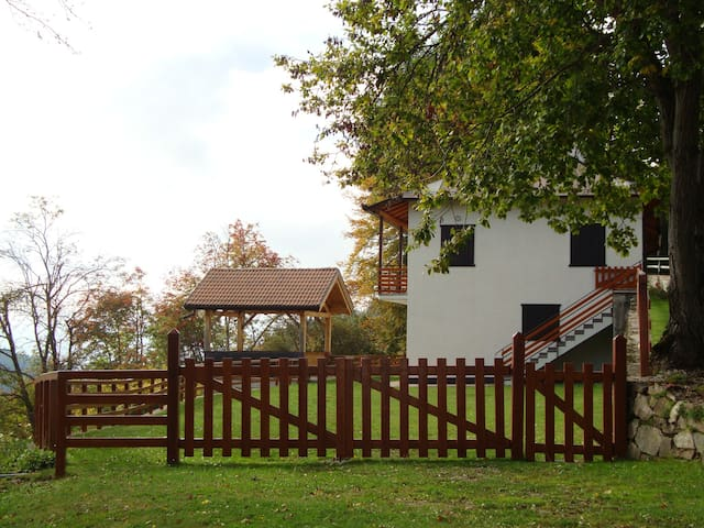 Appartamento Panarotta vista giardino - Levico Terme - Apartment
