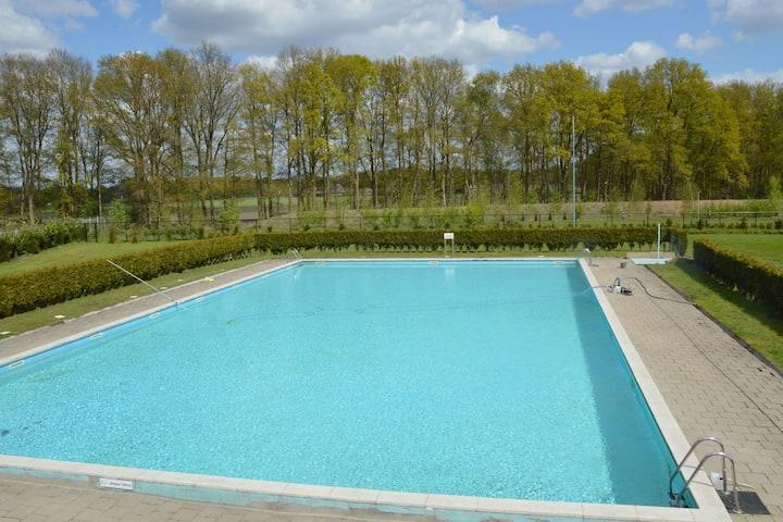 luxe chalet op kindvriendelijk park met vele faciliteiten en zwembad