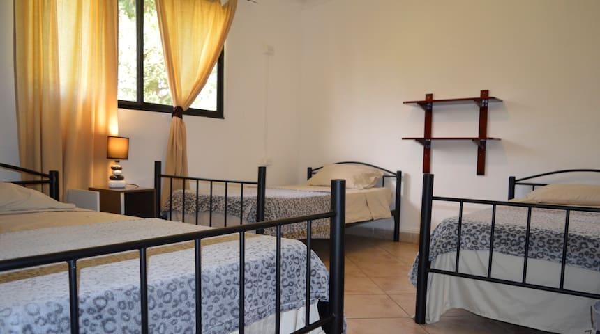 Habitación Triple en Boquete Lodge