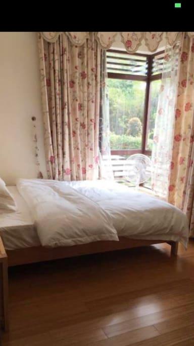 1.5*1.9米双人床