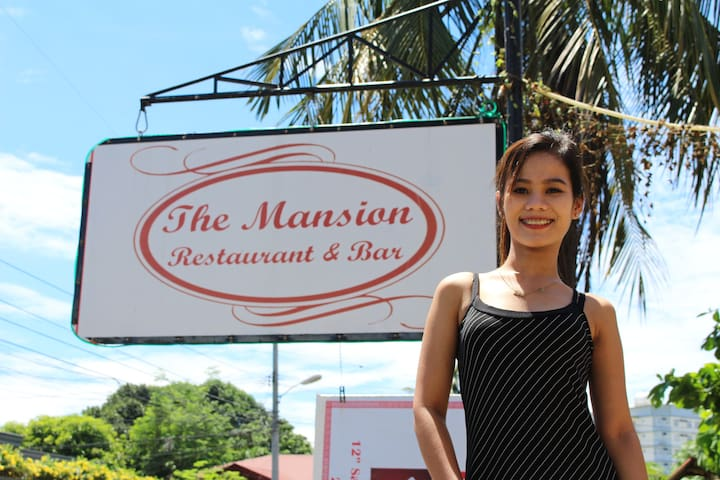 The Mansion Hotel, Restaurant, and Bar